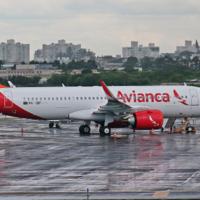 Azul assina acordo para comprar Avianca Brasil