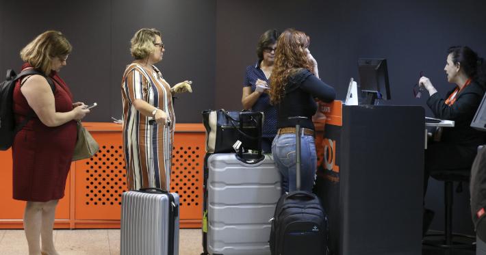 Aeroportos brasileiros têm novas regras para bagagens de mão